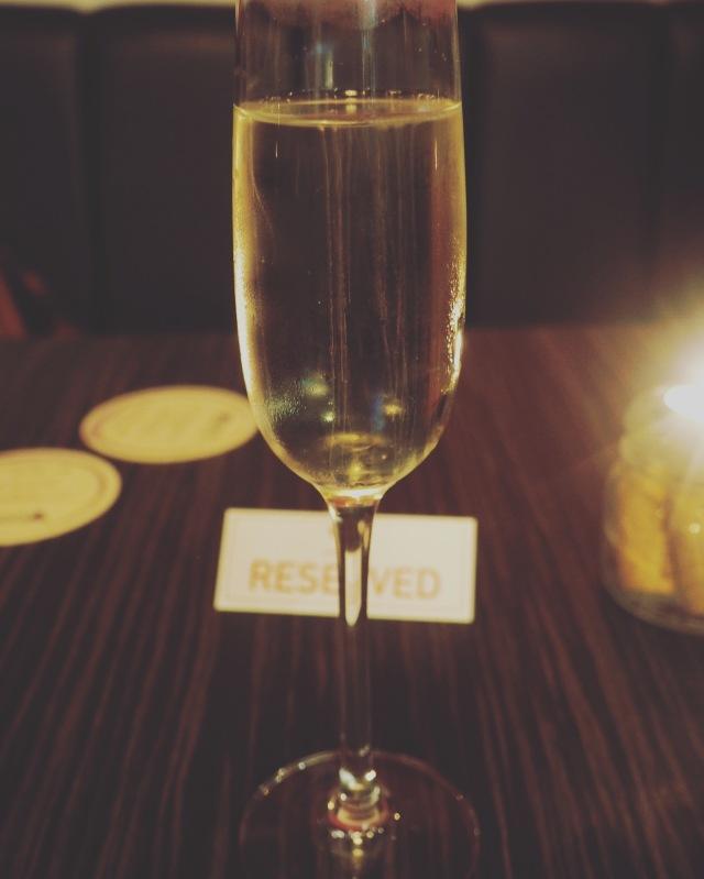 Veeno-Arrival-Drink